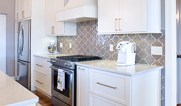 Learn How Kitchen Cabinet Refacing Can Lower Your Remodeling Cost