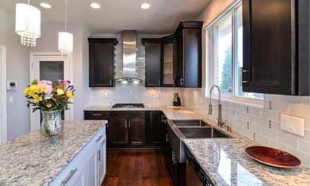 3 Points that Determine Whether You Should Your Reface or Replace Your Kitchen Cabinets